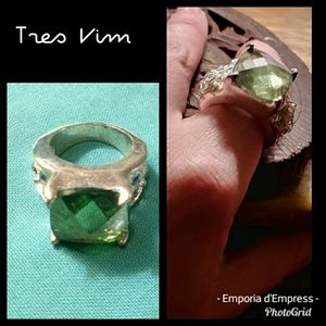 Tres Vim Chained (faceted) Sea Glass oxidized ring